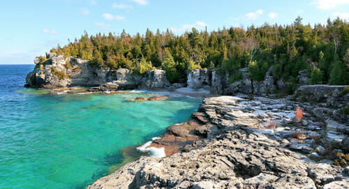 Tobermory rocks and water